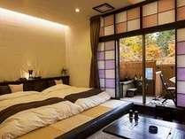 姫神「源太の間」 自然美・紅葉をお部屋から愛でられる露天風呂付き客室です