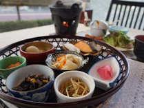 *【朝食】御飯&お味噌汁はお好きな量をセルフサービスで!