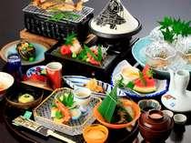 ■お部屋or個室食が確約!■ ~他人に邪魔されない、ゆっくり時を刻むお食事~ 心おきなく、満足旅♪
