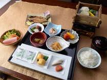 *【朝食】山陰の幸を、朝はゆっくりとご堪能下さい。