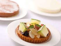 【記念日に】大切な方と特別な日をお祝い…3種類から1つ選べるミニホールケーキ付