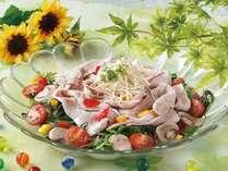 夏のおすすめ料理【能登豚の冷しゃぶ】8月末まで