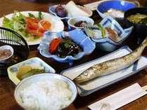 朝はカラダに優しい和食をお召上がり下さい。出来たて&栄養バランス◎で元気に出発♪
