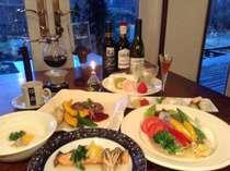 食前酒から始まるコースディナー。食後はお好きなシングルオリジン珈琲をサフォンで(日替わり)