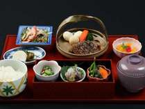 【選べる夕食御膳】お手頃価格♪ 熊本城を眼前に望むレストランにて