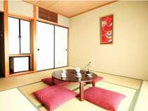 【8畳和室のお部屋一例】3~4名様までお休みしていただけます。全室Wi-Fi完備。