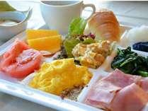 【朝食バイキング】サラダ・洋食・和食・ドリンクなどメニュー充実!