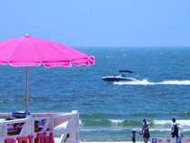 真夏の由比ガ浜ビーチ