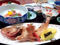 *【ご夕食一例(きんき付プラン)】きんきの塩焼き、絶品です。