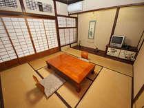 【素泊まり】日本庭園や河原の散策もできる和風旅館♪