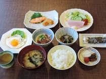 *【朝食一例】朝は身体にやさしい和定食をお召し上がりください。