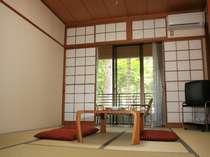 閑静な環境でゆったり過ごせる和室\(^^)/