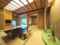 *【和室一例】全室露天風呂付き客室。窓から美しい景観が望めます