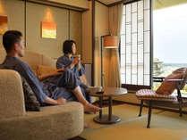 絶景を眺めるお部屋は、心穏やかにゆったりとした時間が流れる。
