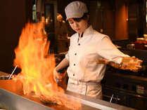 国産牛ステーキは、オーダーしてから目の前で焼き上げるから美味しさ倍増!