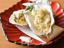 ディナーメニューは日替わりで、三陸の魚介をはじめ宮城の旬素材が味わえます。