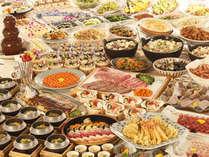 四季折々の和食を中心とした「ふるさとバイキング」は幅広い世代に人気!