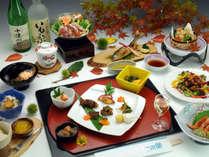 【彩錦会席一例】地元産の食材をふんだんに用いた秋の会席。秋の味覚をたっぷりご堪能下さい。