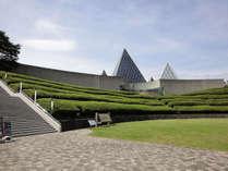 *一年計砂時計で有名な≪仁摩サンドミュージアム≫になります。