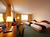 【南欧風の全117室の客室はLAN設備完備です。】