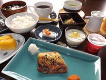 <限定>お得な連泊【日替わり朝食付きプラン】