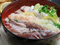 五島産のお刺身たっぷりの海鮮丼