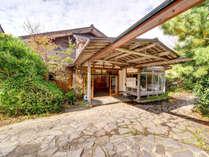 *【外観】日本海の海の幸と絶景を楽しむ温泉宿へようこそ!