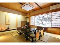 【上屋敷グループプラン】京風会席料理を10畳+6畳の次の間付きの広々客室で♪景色を楽しむ