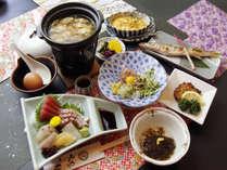 料理自慢の宿『みやこ荘』 新鮮魚介料理のスタンダードコースです