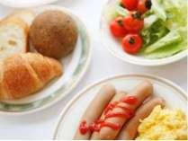 ≪朝食バイキングイメージ≫栄養満点のバイキング朝食♪無料サービスです。