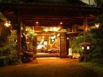 石水庭旅館 笛吹川 (山梨県)