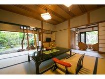<結崎タイフ° 102号室>お庭を望める明るいお部屋