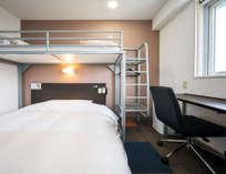 スーパールーム1500センチ+900センチのロフトベッド