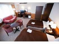 ◆ロイヤルルーム◆6階以上の高層階で、お部屋からは瀬戸内海を一望。快適なご滞在をお約束いたします。