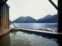 然別湖畔温泉ホテル風水
