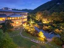 【福島県民限定プラン】一番人気会席がお得に楽しめます♪日本庭園一望のお部屋での休日を♪ポイント2%