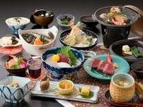 和会席☆海の幸13品と一人鍋☆料理写真の牛ステーキが一人鍋になります