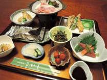 カニ&女将の手料理 魚沼産コシヒカリを味わうプラン【広間食】