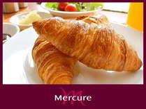 【朝食ビュッフェ】~洋食派に◎のフランス産小麦を使用したメルキュールホテル特製クロワッサン~