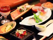 ■地元食材をふんだんに使い、信州郷土の料理も少量多種で楽しめます。若手料理長が作る創作和風会席料理。