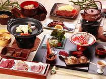 お料理(全体例)南信州の食材がたっぷり!メイン料理は信州のお肉食べ比べ!