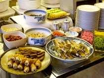 和食も豊富なクレメントバイキング♪徳島名産練り物もありです!