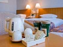 湯沸かし器やお茶、紅茶など室内サービスも充実の取り揃えです。