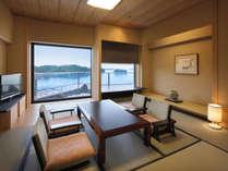 芭蕉亭特別室「松の間」、落ち着いた雰囲気のお部屋と松島湾の景観を