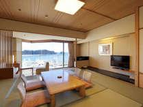 松島湾のオーシャンビューを望む海側和室。