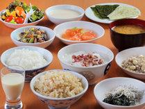 朝食ヴュッフェ和食の盛り付け一例
