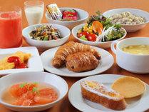 朝食ヴュッフェ洋食の盛り付け一例