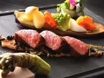 とちぎ和牛や米沢牛など高級ブランド牛のステーキも自慢!