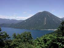 山登りシーズン到来♪男体山・白根山登山◆朝食は『おにぎり弁当』