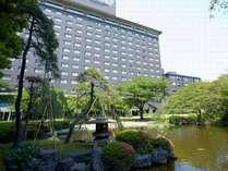 緑につつまれたグランドプリンスホテル高輪